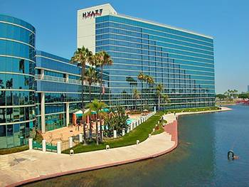 Hyatt-Regency-Long-Beach-Hotel-Long-Beach